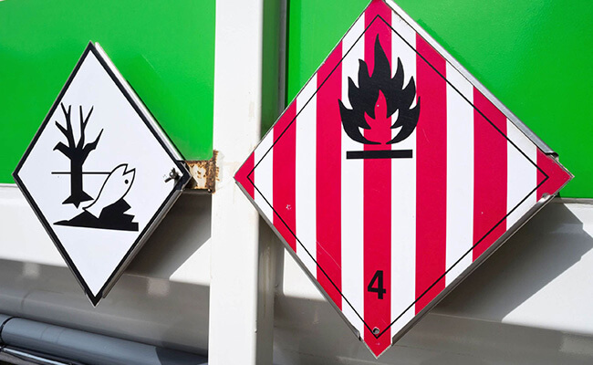 Beschilderung von Gefahrguttransportern